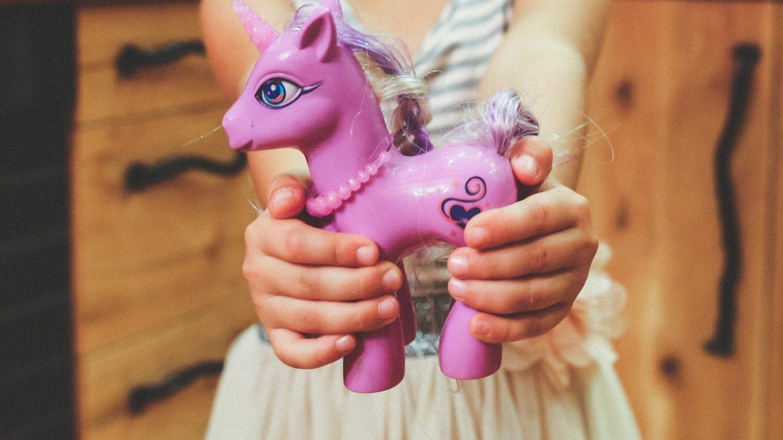 financial parenting, furt, jucărie