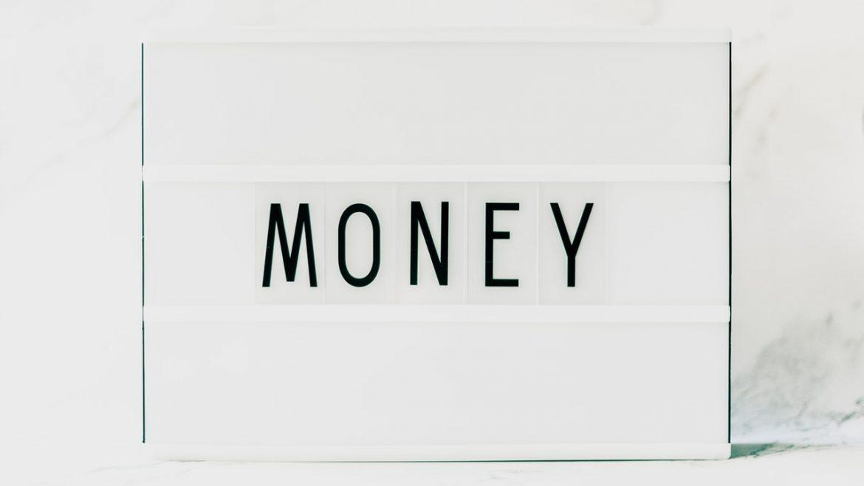 bani , energie, blocaje