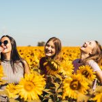 bucurie prieteni fericire